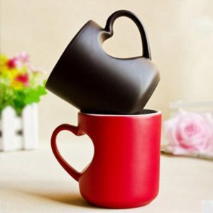Magic Mug Heart Hand